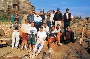 Bengtskärin majakalle nykyisistä pelimiehistä ovat uskaltautuneet Söykky, Ahovaara, Urkki, Holkki ja Jorma.