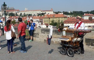 Prahan sillat ovat komeita.