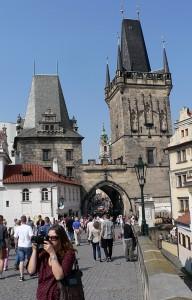 Praha on kaunis kaupunki.