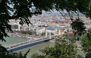 Budapest on kaunis kaupunki.